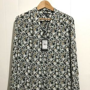 NWT Adrianna Papell Multicolored Flower Blouse